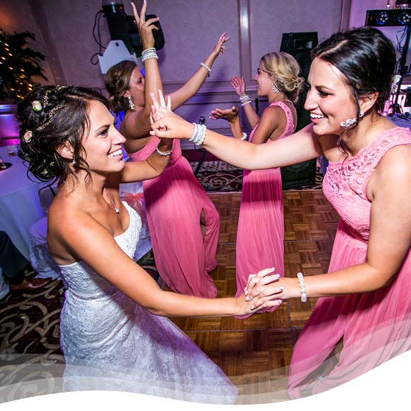 Perpetual Rhythms :: The Importance of Your Wedding DJ 5